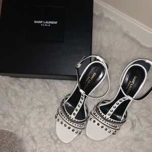 Selling a brand new YSL white heels.